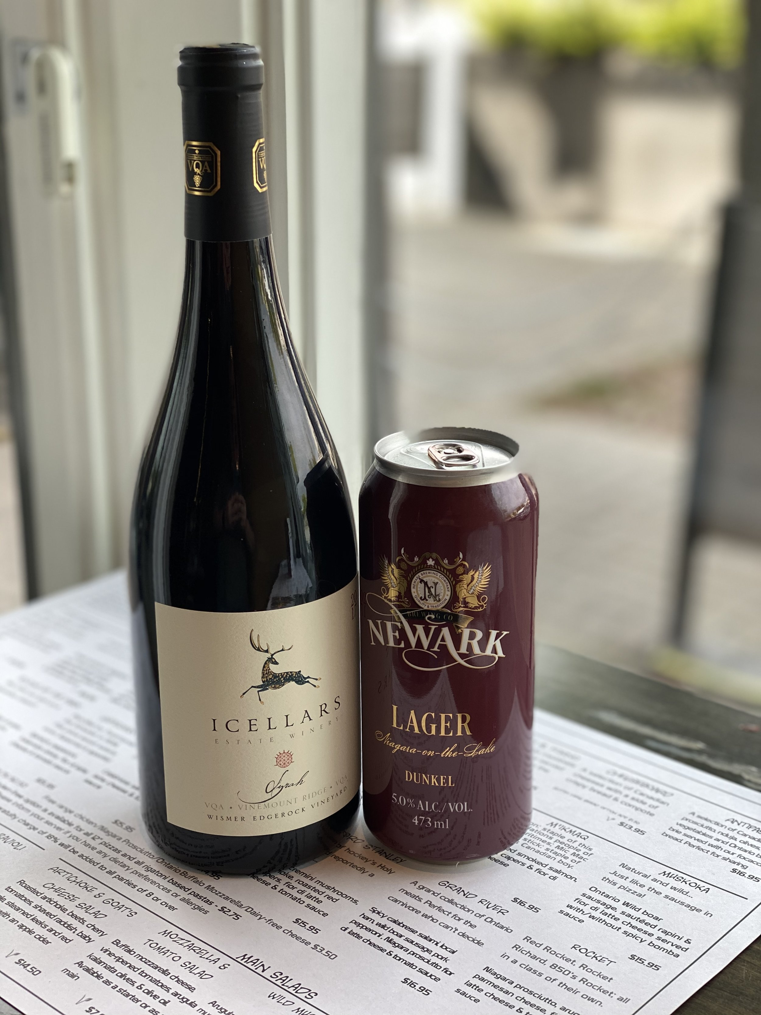 icellers syrah 2017 and Newarks Dunkel