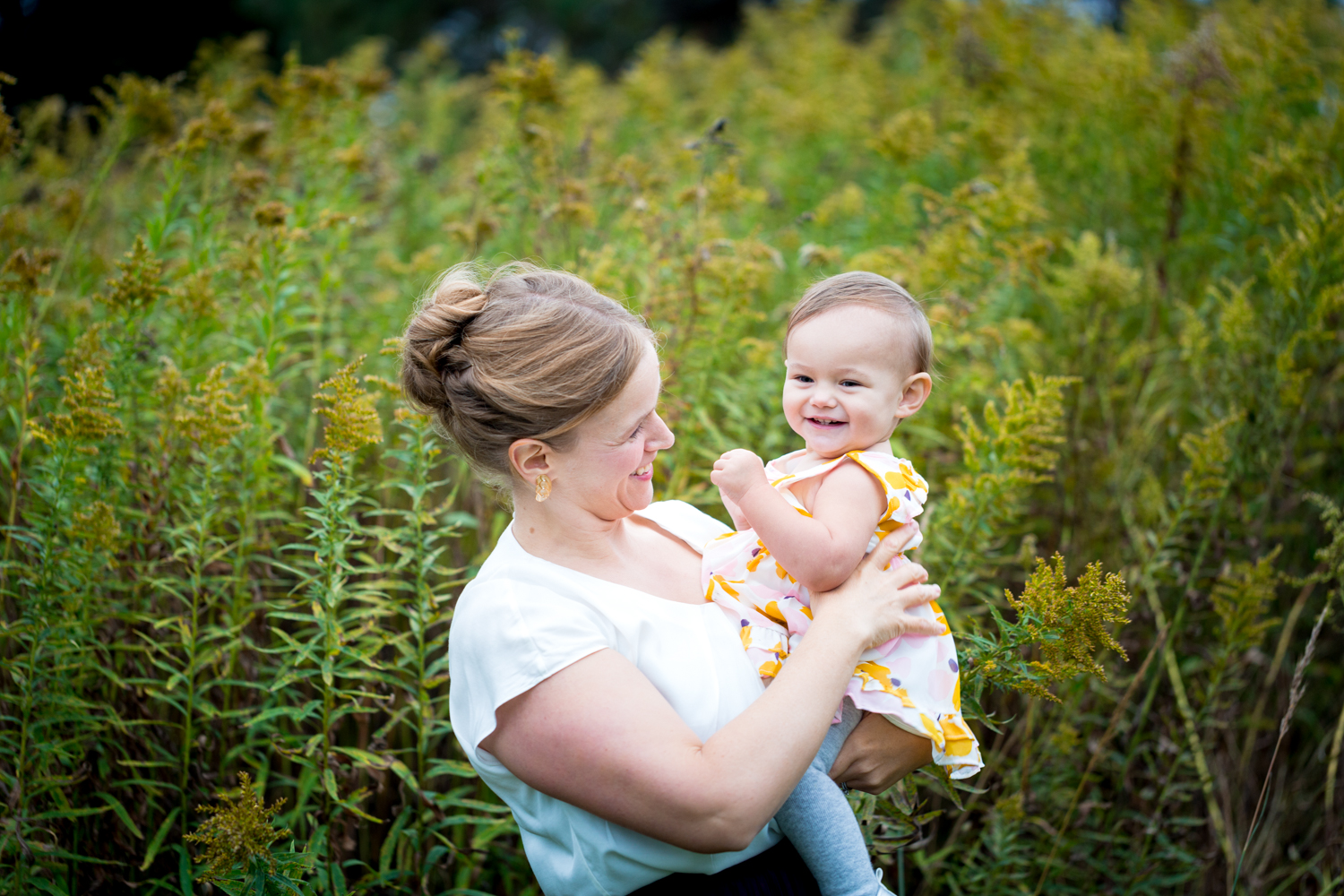YELLOW FLOWERS! Family Lifestyle Session / One-Year-Old Session