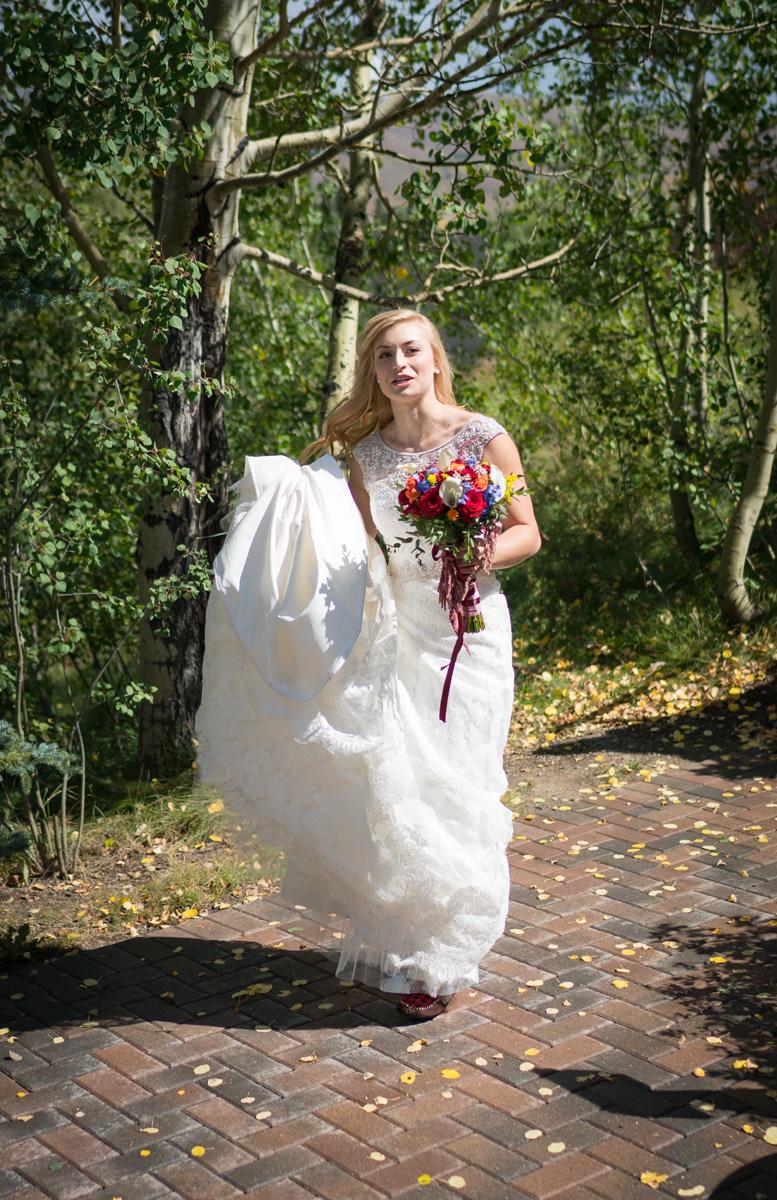 lave_wedding_2-240_web.jpg