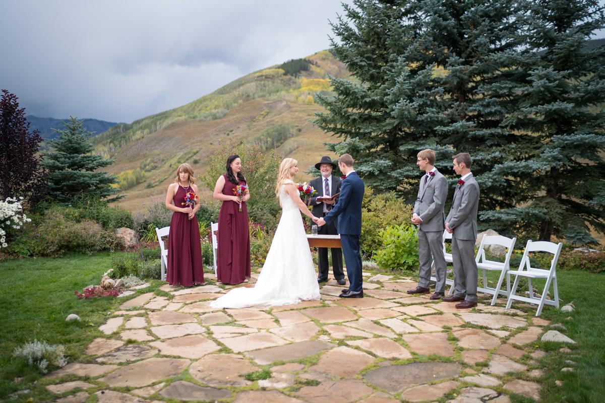 lave_wedding_2-357_web.jpg