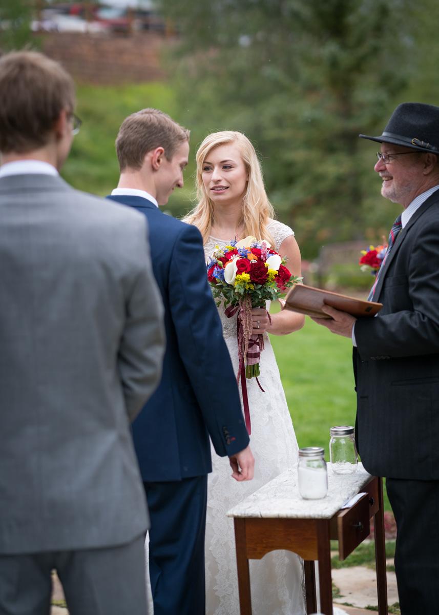 lave_wedding-392_web.jpg