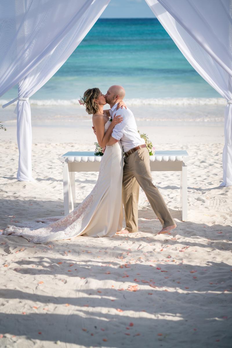 robinson_wedding-478_web.jpg