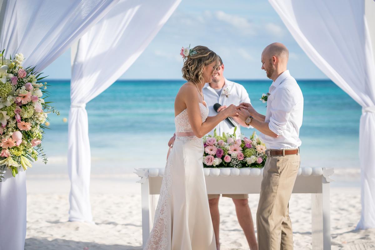 robinson_wedding-567_web.jpg