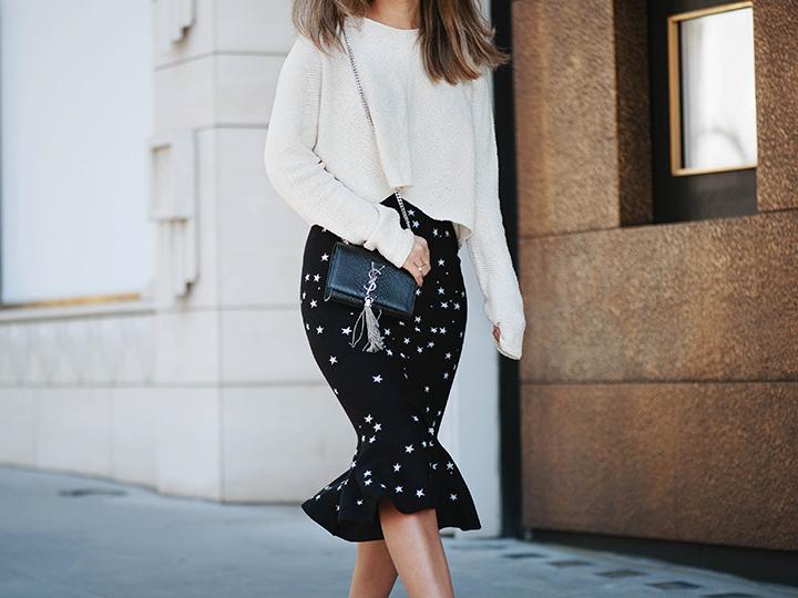 star-skirt-cream-sweater-3.jpg
