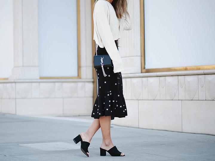star-skirt-cream-sweater-7.jpg