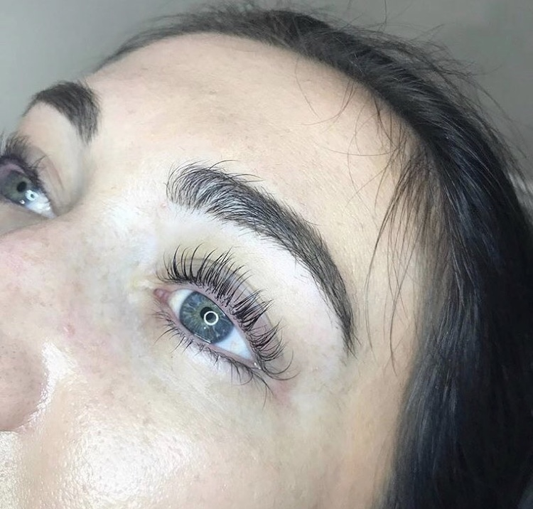 c01f78c97fe The Lash Lift is the newest technology in semi-permanent lash perming that  takes your natural lash and applies a desired lash curl lasting up to 10  weeks!