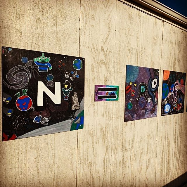 #DrakeEquation Mural in a High School #Physics Class: buff.ly/2pucfeI  N = R* fp ne fl fi fc L ...a unique #STEAM project I recently completed with my students where they learned about #SETI, dimensional analysis, and got to use their creativity to make #SciArt.