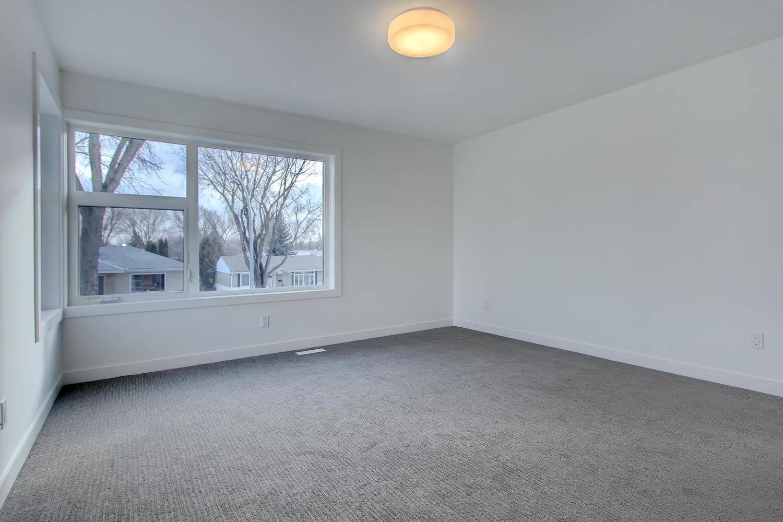 7632 92 Ave NW-large-038-154-Master Bedroom-1500x1000-72dpi.jpg