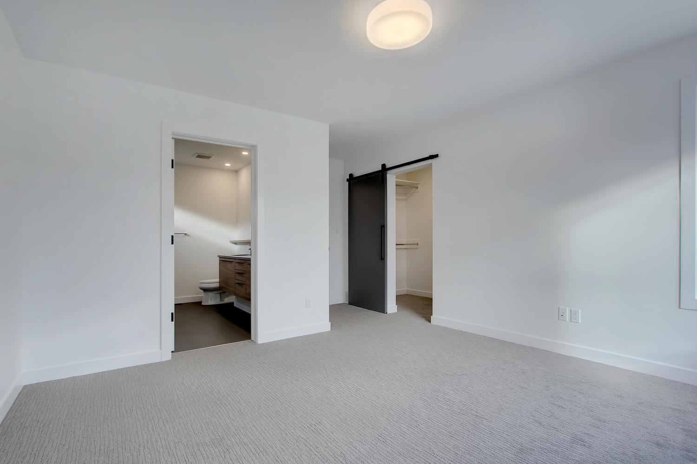 7632 92 Ave NW-large-040-153-Master Bedroom-1500x1000-72dpi.jpg