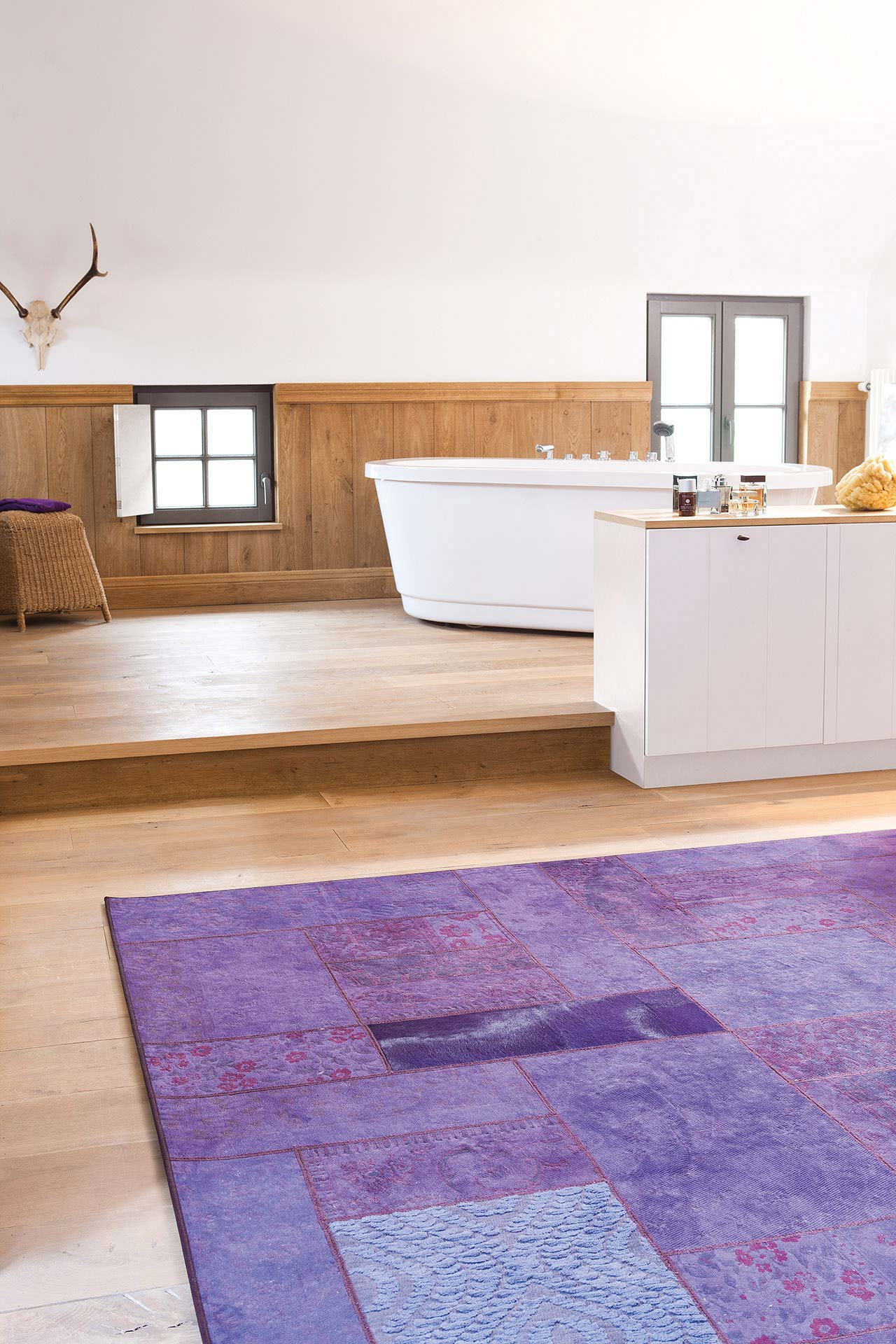 gipsy_gi10339-imperial-purple_sfeerbeeld_limited-edition_carpets.jpg