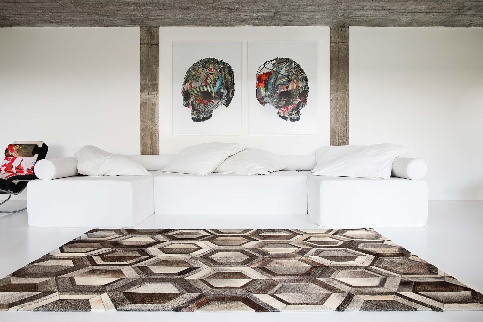 greystone-grey_sfeerbeeld_Limited-Edition_carpets.jpg