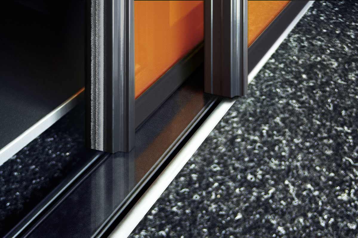 Raumplus_S1500_Gleittuer_Detail.jpg