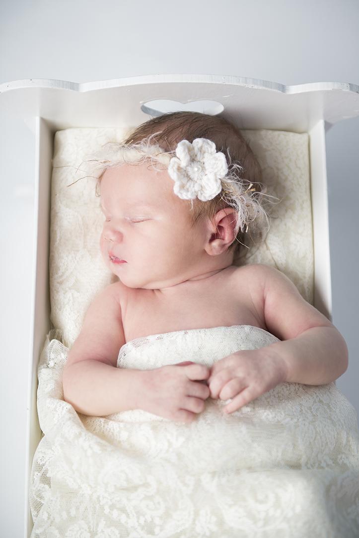 Nyfødt_newborn_baby.jpg