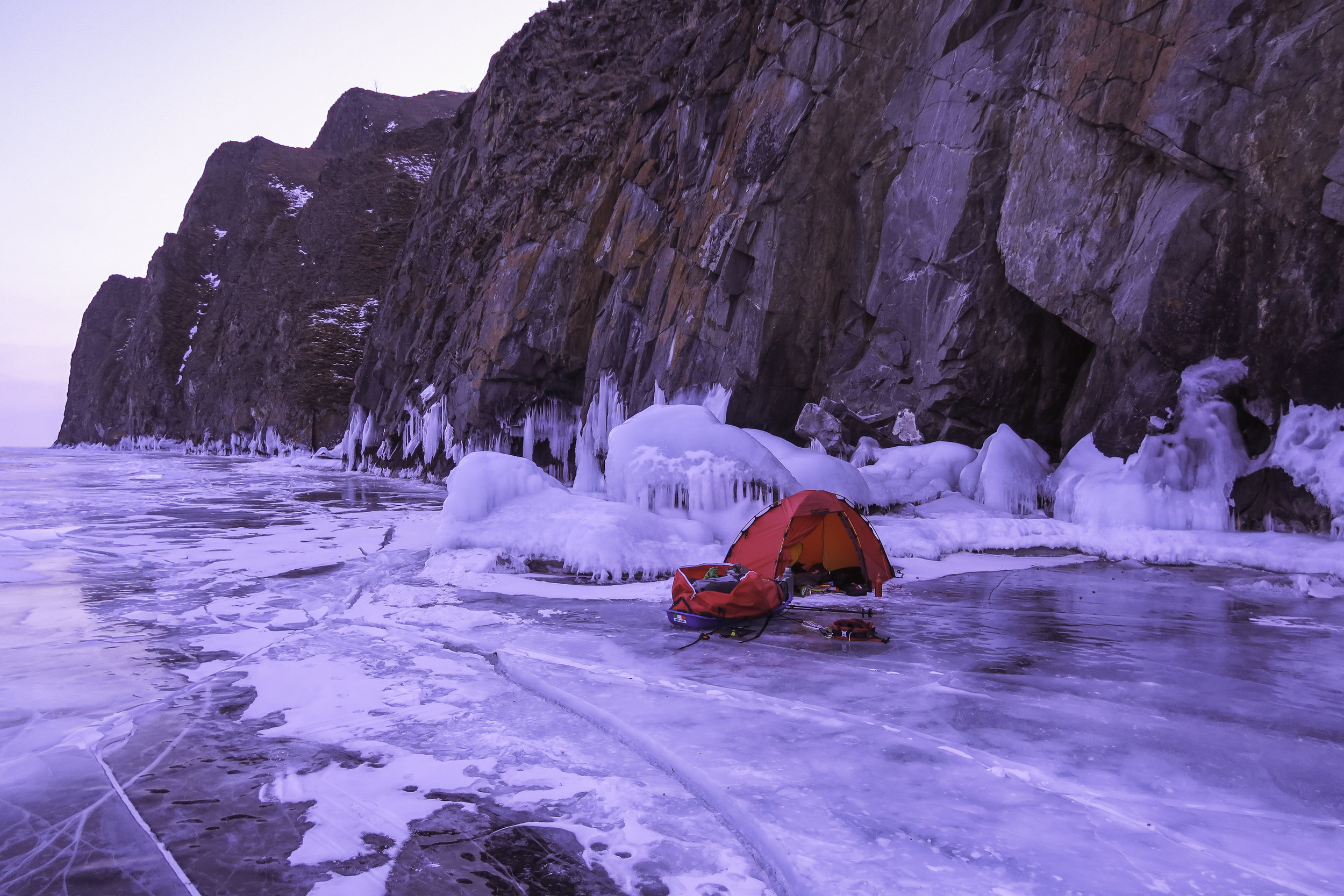 Typical Lake Baikal camp site, this night temps dropped to close to -40c
