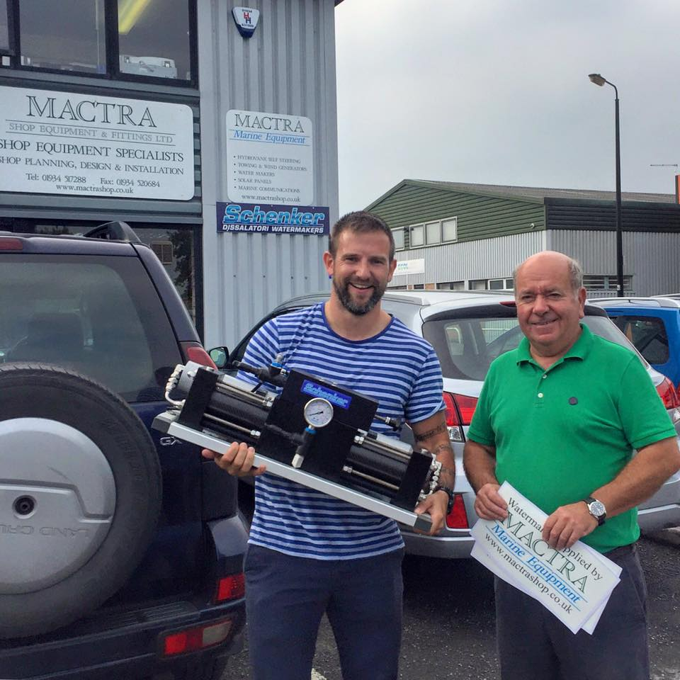 Jim from Mactra handing over the sponsered water maker to Gavan in 2016