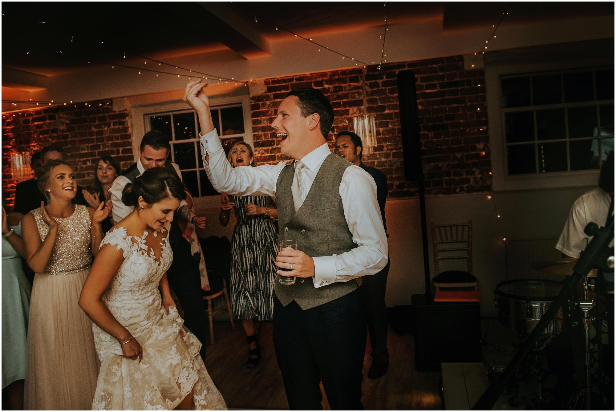 Sopley_Mill_Wedding_SamanthaDavisPhotography034.jpg