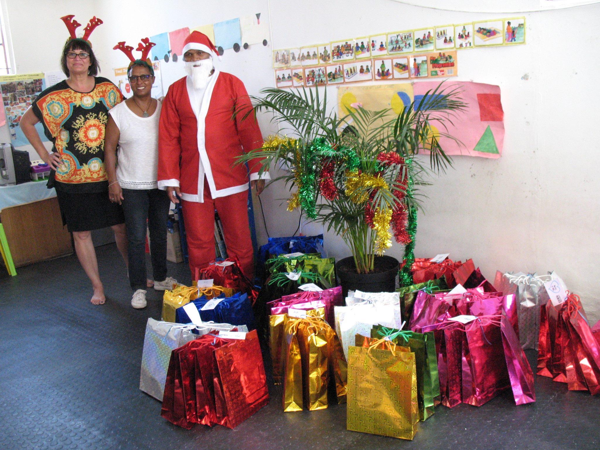 ARH Christmas Elves 6.jpg