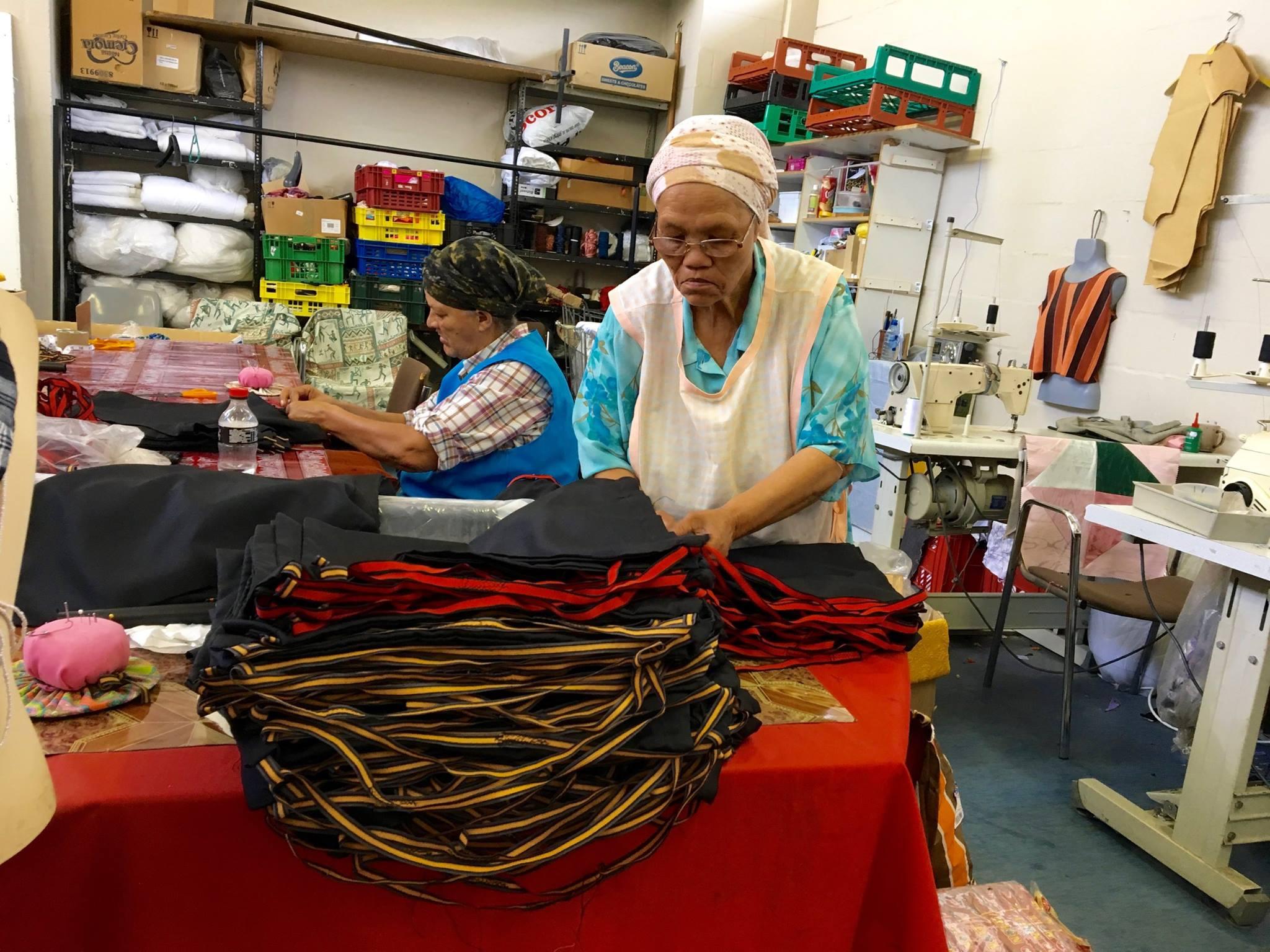Scottsdene Ladies 3 sewing bags for 3 Helping Hands.jpg
