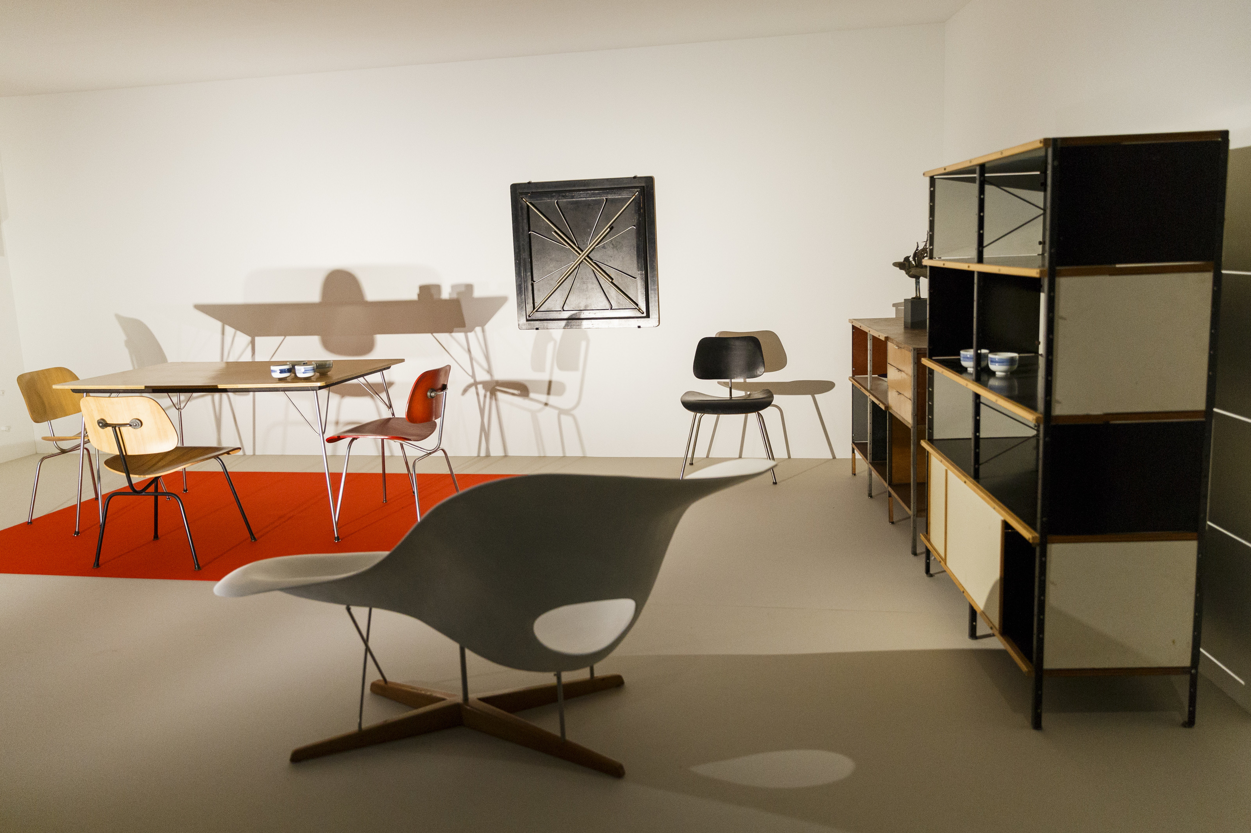 24-the-world-of-charles-and-ray-eames.jpeg