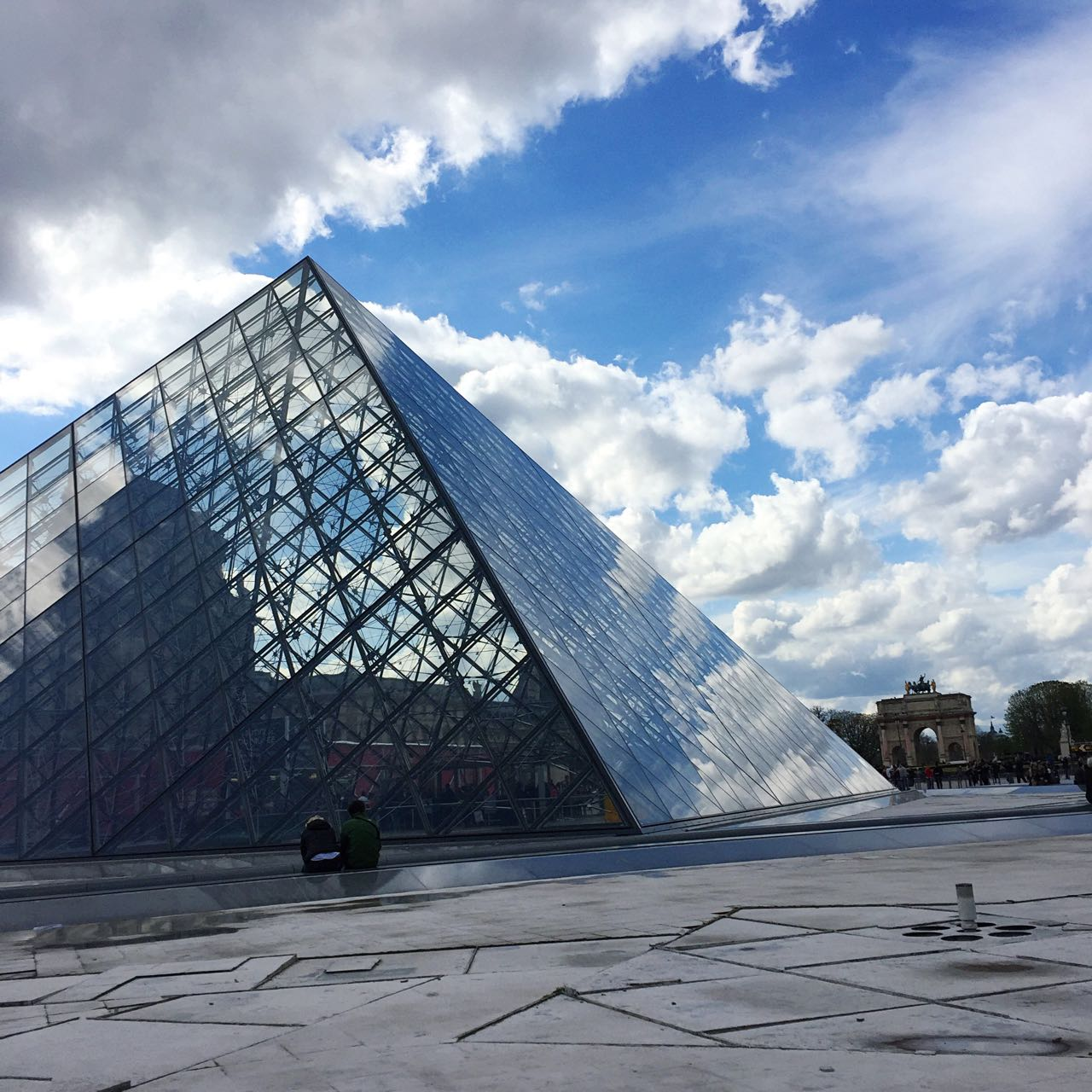 Les Pyramides at the Louvre
