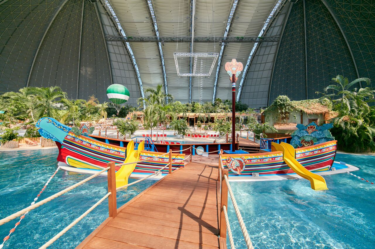 TROPICAL ISLANDS <strong>| The creation of a water play zone and an inspiring park storyline</strong>