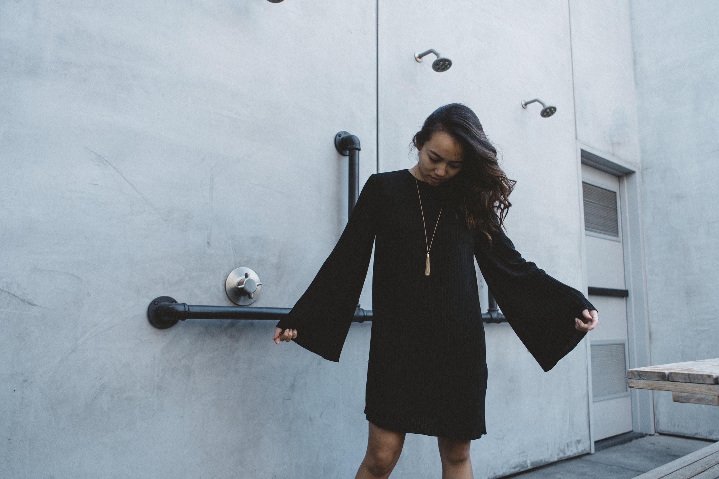 keepsake-the-label-bnkr-black-dress-01