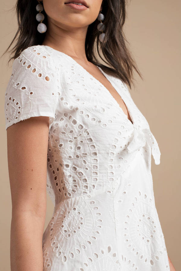 white-eyelet-on-the-prize-lace-dress.jpg