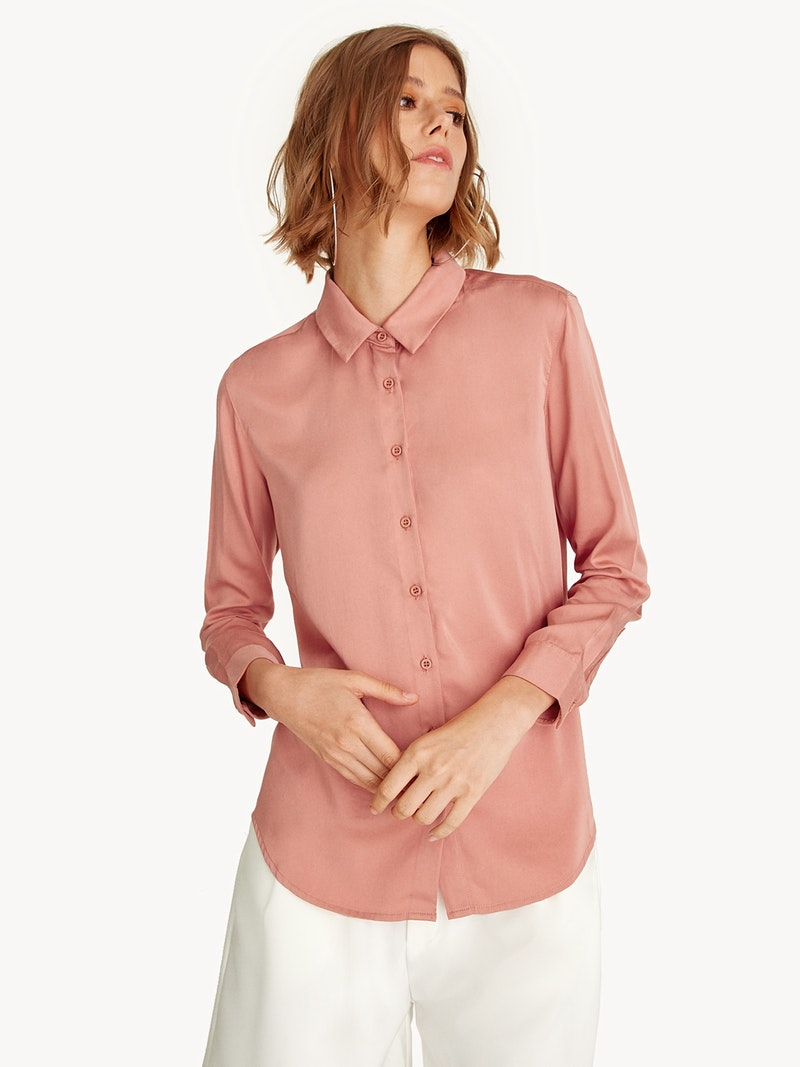PINK BUTTON DOWN LONG SLEEVE SHIRT