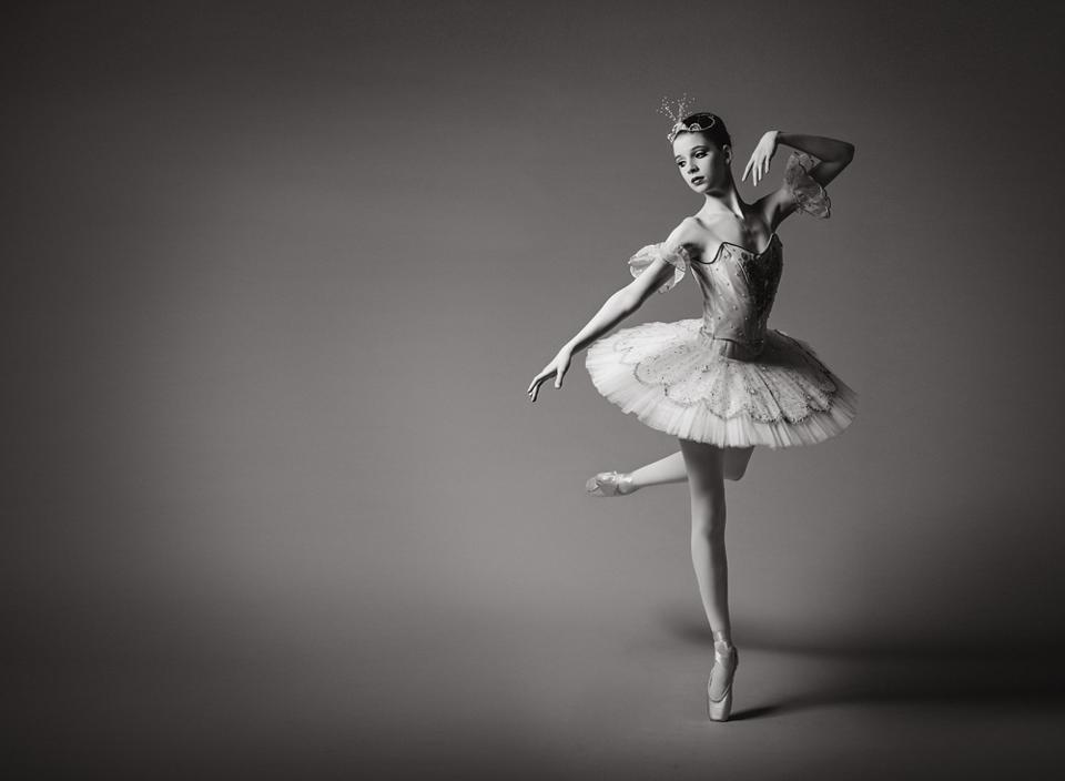 3455-Claire-contrast-dance-CS5-CS5.png