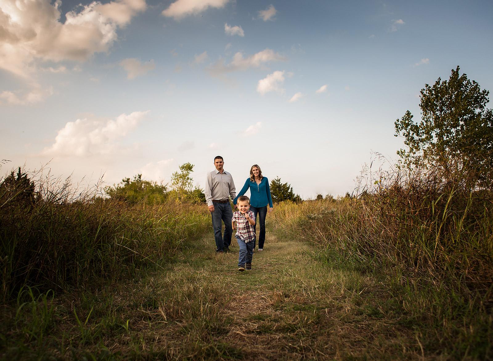 07 fall family photos mitch park edmond oklahoma family photographer kate luber photography okc ok (67).jpg