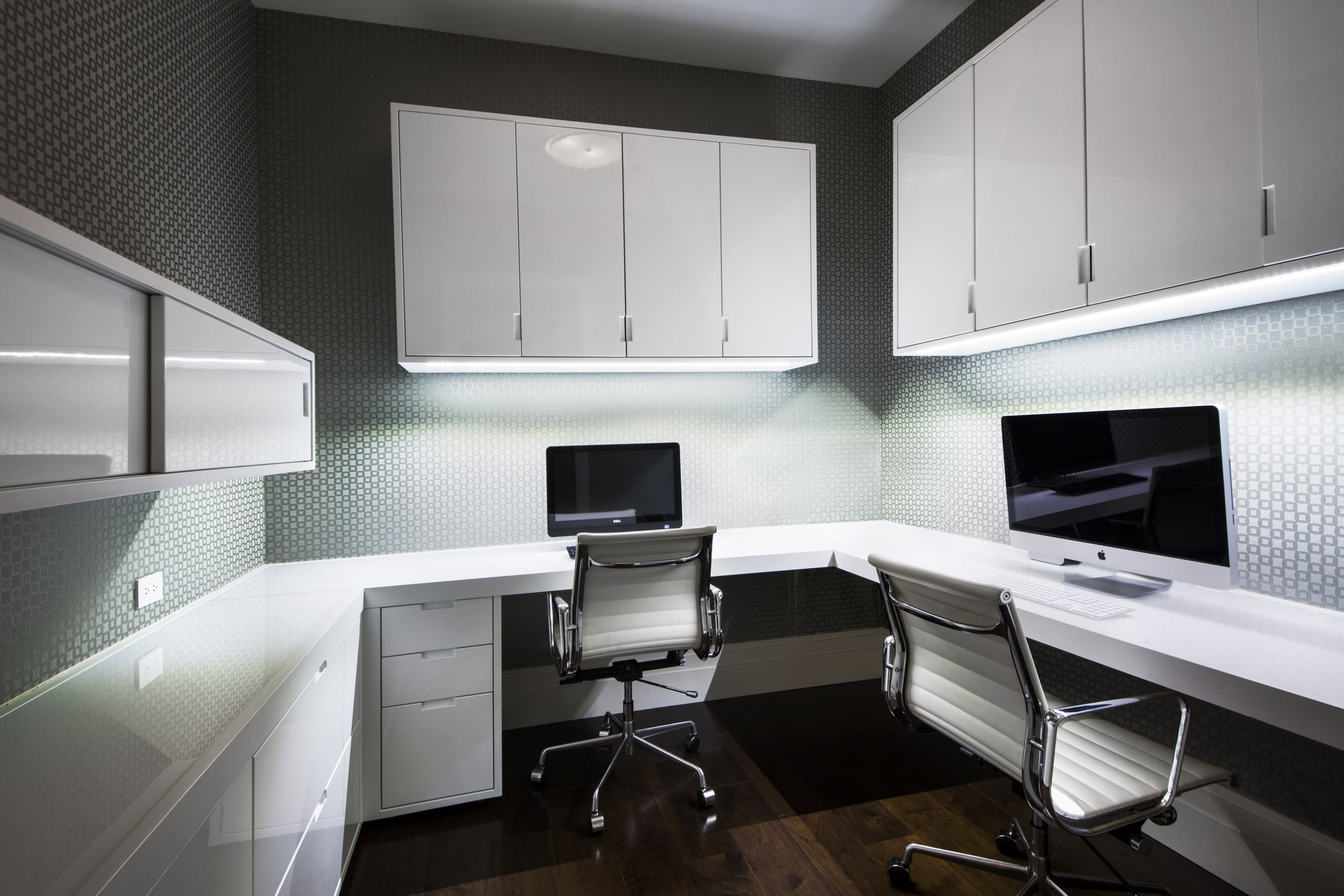 office1A.jpg