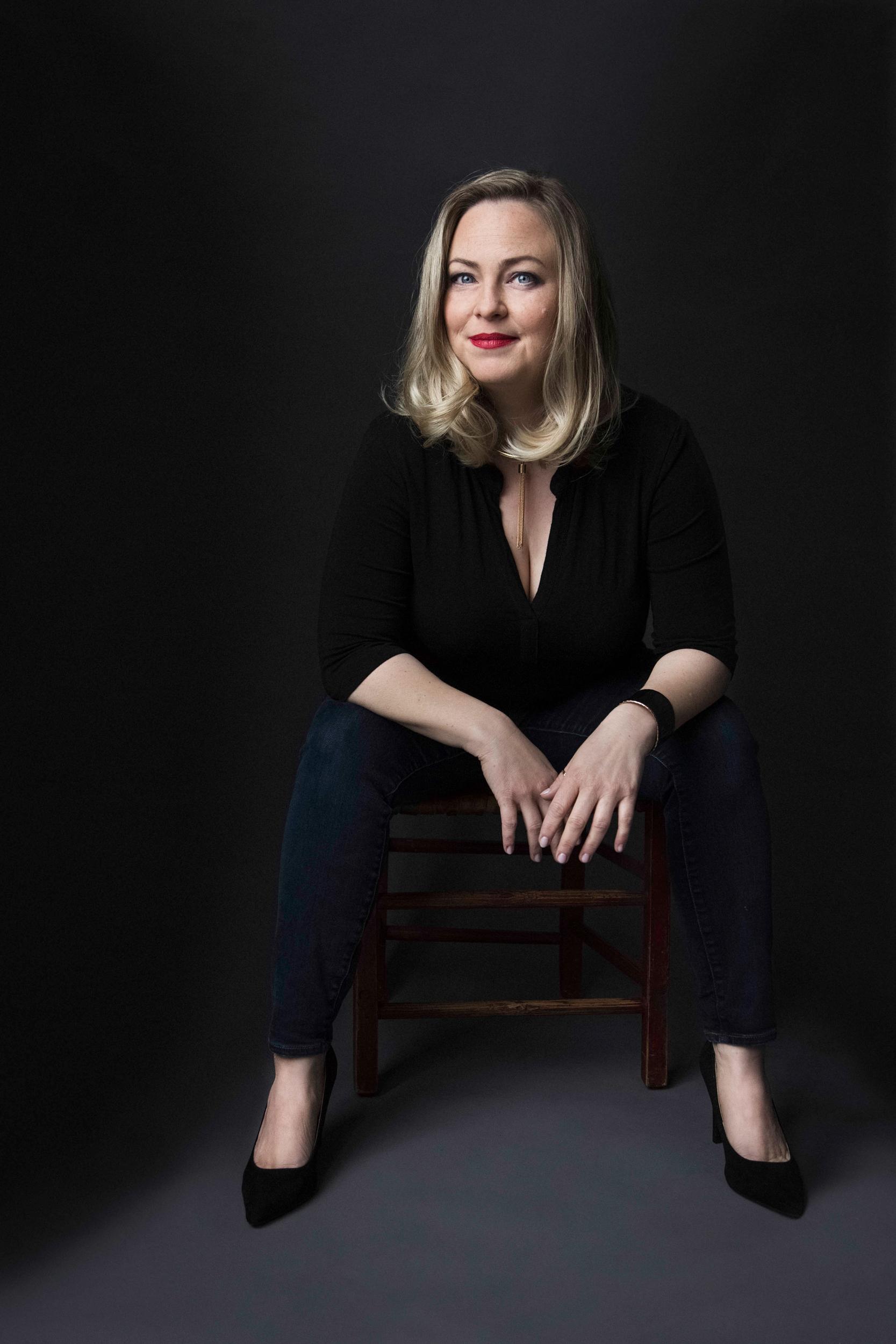 IGINA Headshots Amsterdam Genevieve Chasse Photographer Fotograf Portrait portret 3.jpg
