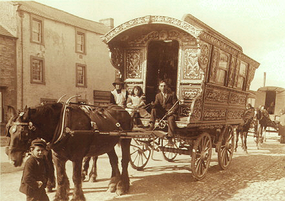 Gypsy_caravan.jpg