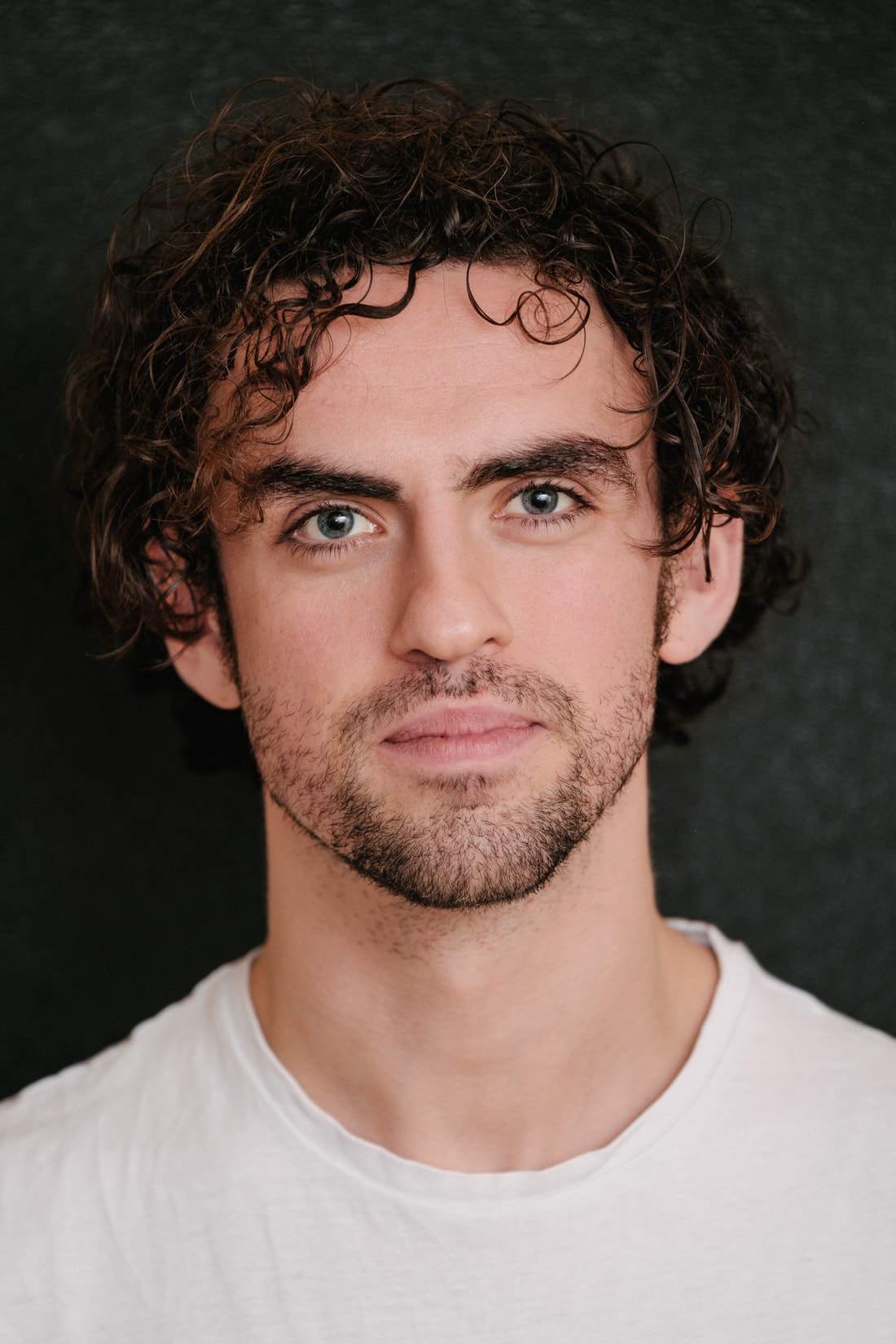 Trade 34 - Declan Perring: Actor and ball of energy. We set up a makeshift studio in his dining room to refresh his headshots.