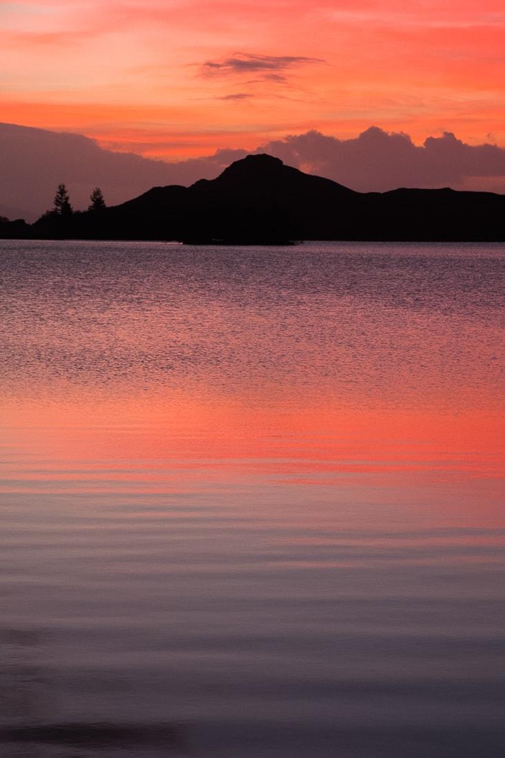 Loch Tarff –  Fujifilm X-Pro2  &  XF16-55mm WR  (1/60th, f6.4, ISO1600)