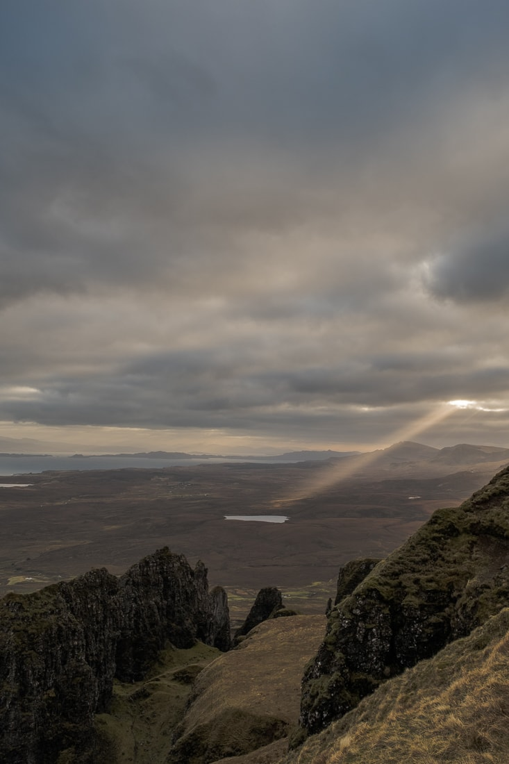 Sun rays over the Quiriang –  Fujifilm X-Pro2  &  XF16-55mm WR  (1/125th, f9, ISO400)