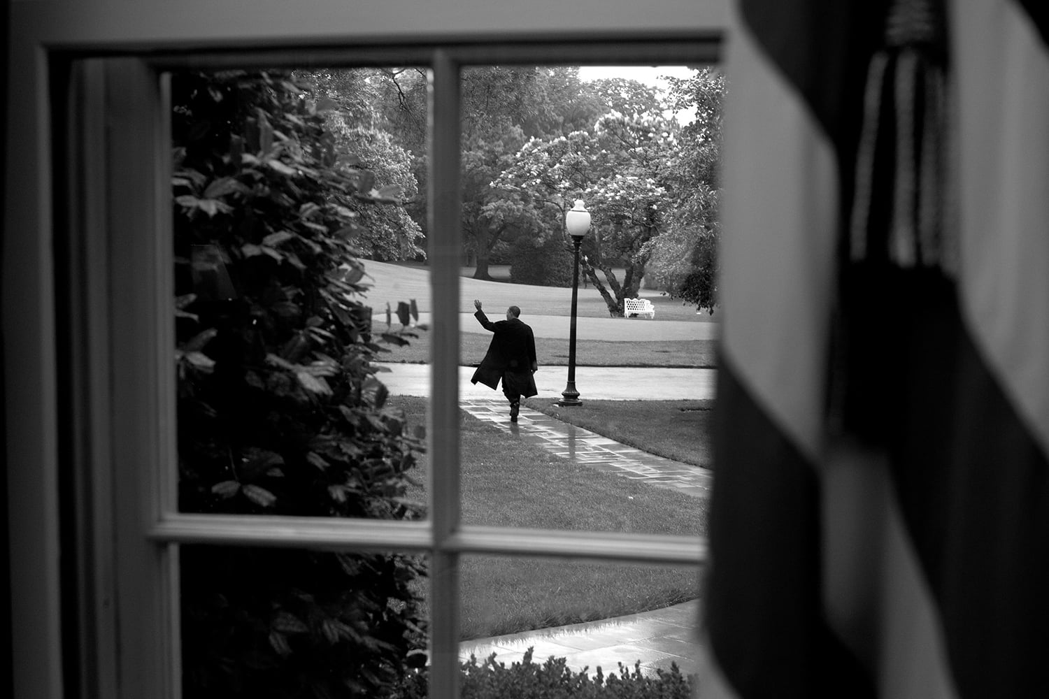 President Barack Obama walks from the Oval Office to Marine One as he travels to New York May 14, 2012. (Official White House Photo by Chuck Kennedy).