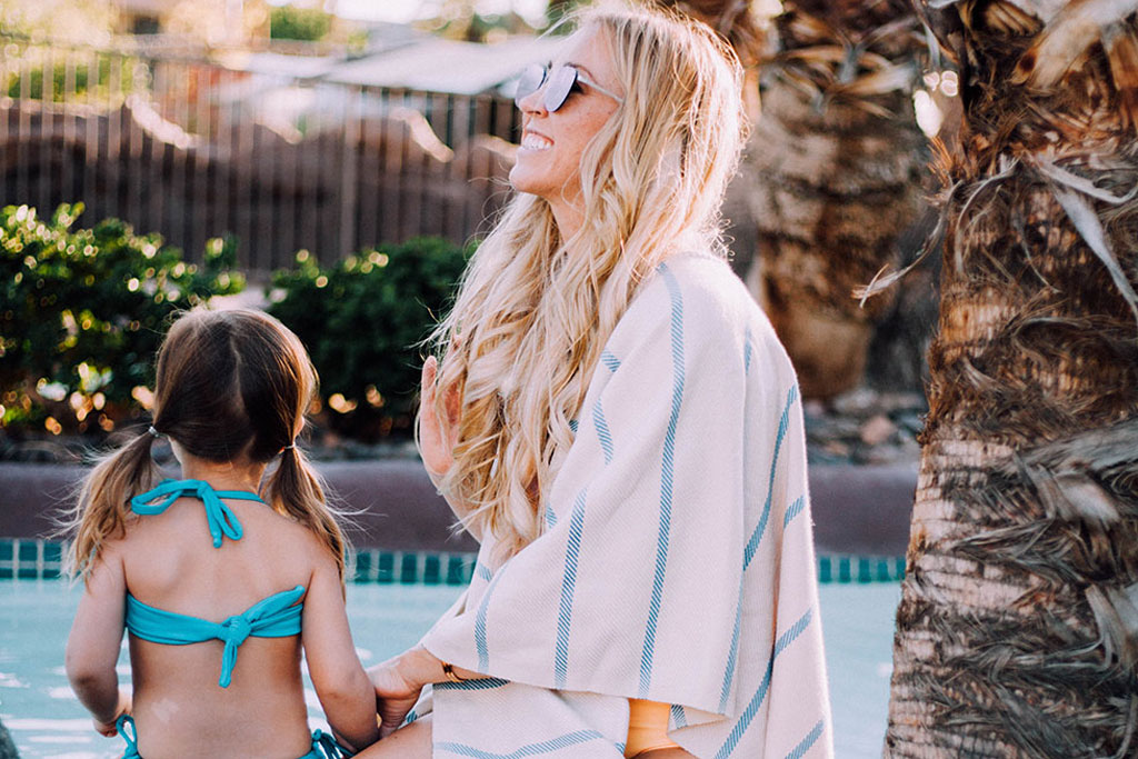 THE LOVE DESIGNED LIFE - A family staycation in the desert