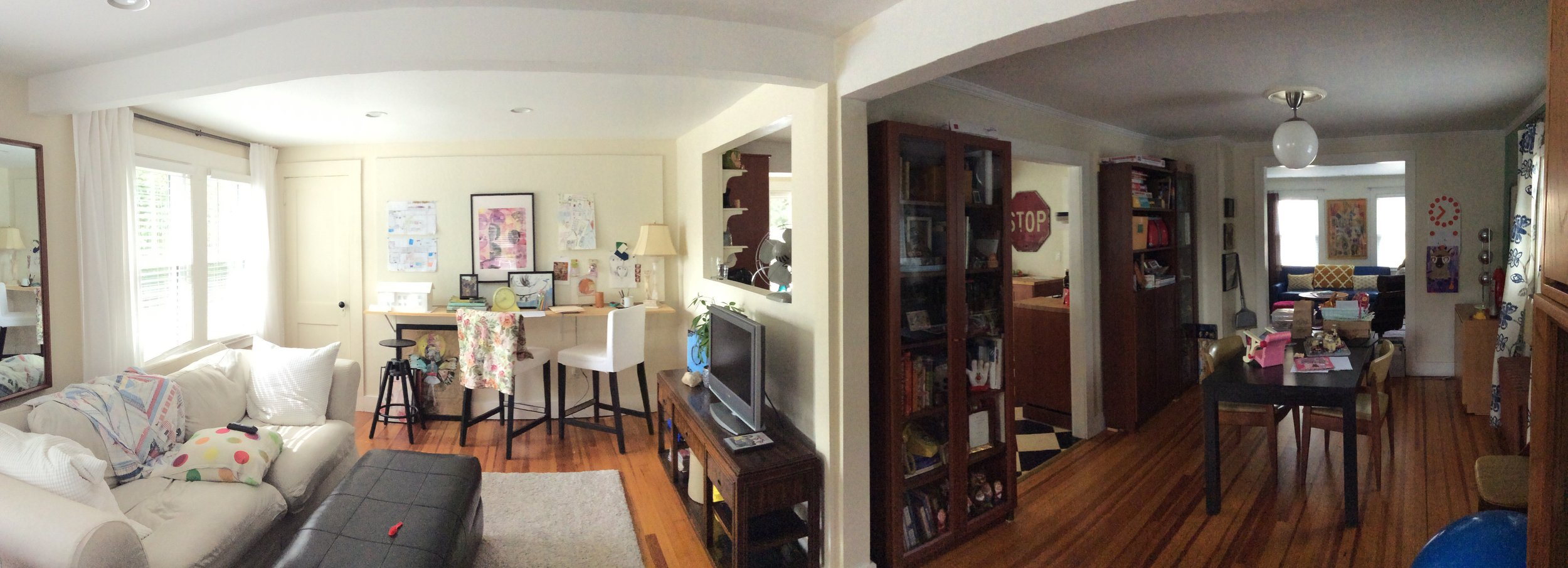 Panoramic view of family room & dining room