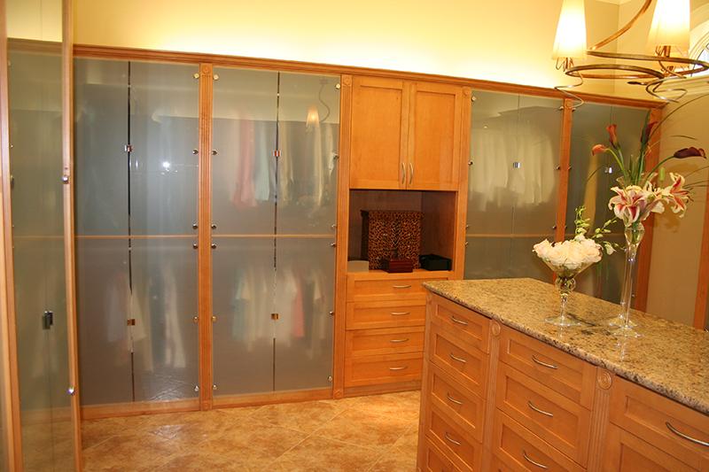 IMG_0485 closets.jpg