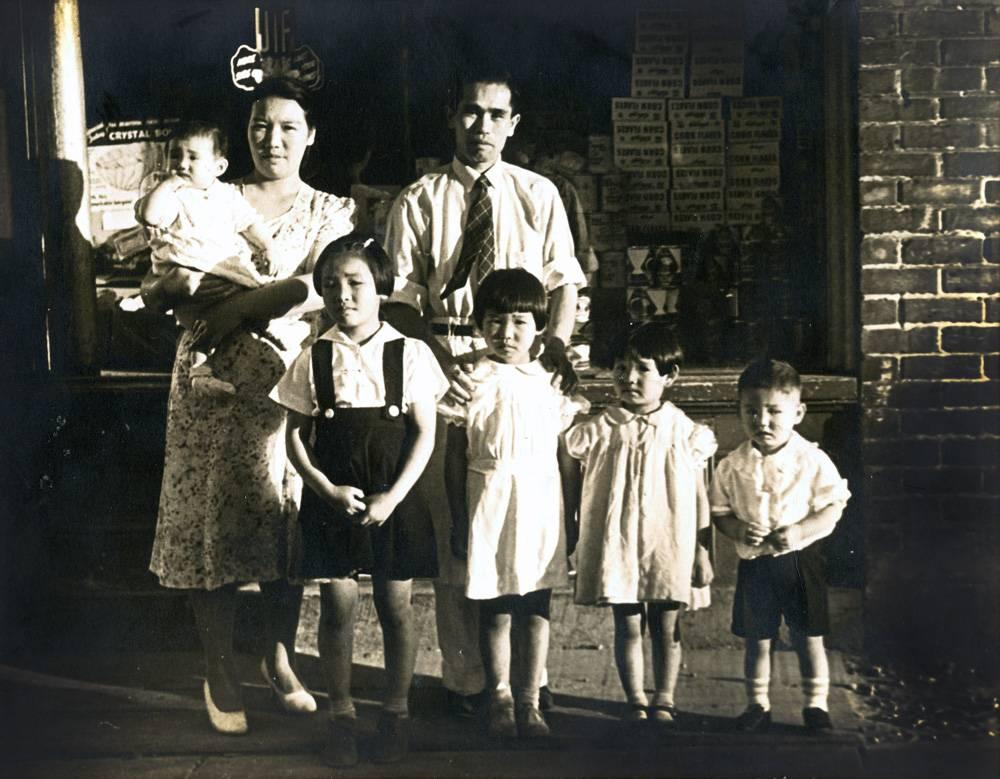 They were just kids! (Top row: Aunty Rosemarie, Great Grandma, Great Grandpa. Bottom row: Grandma, Aunty Joan, Aunty Rita, and Uncle Thomas).