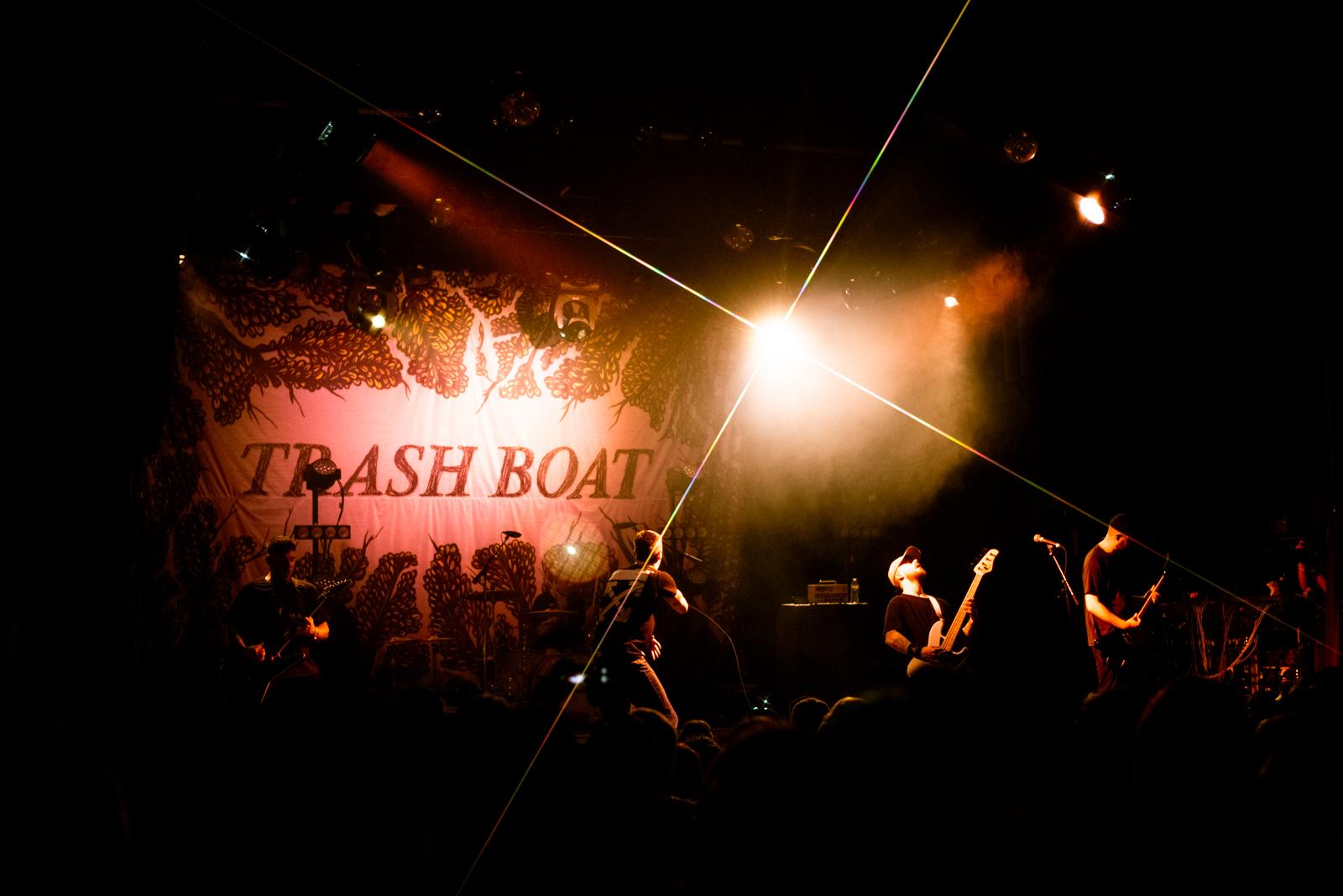 trashboat4.jpg