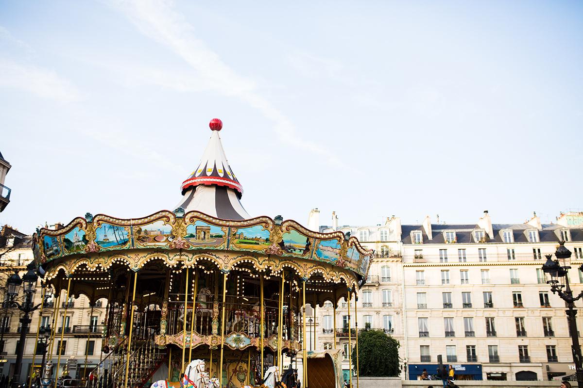Paris 2563.jpg