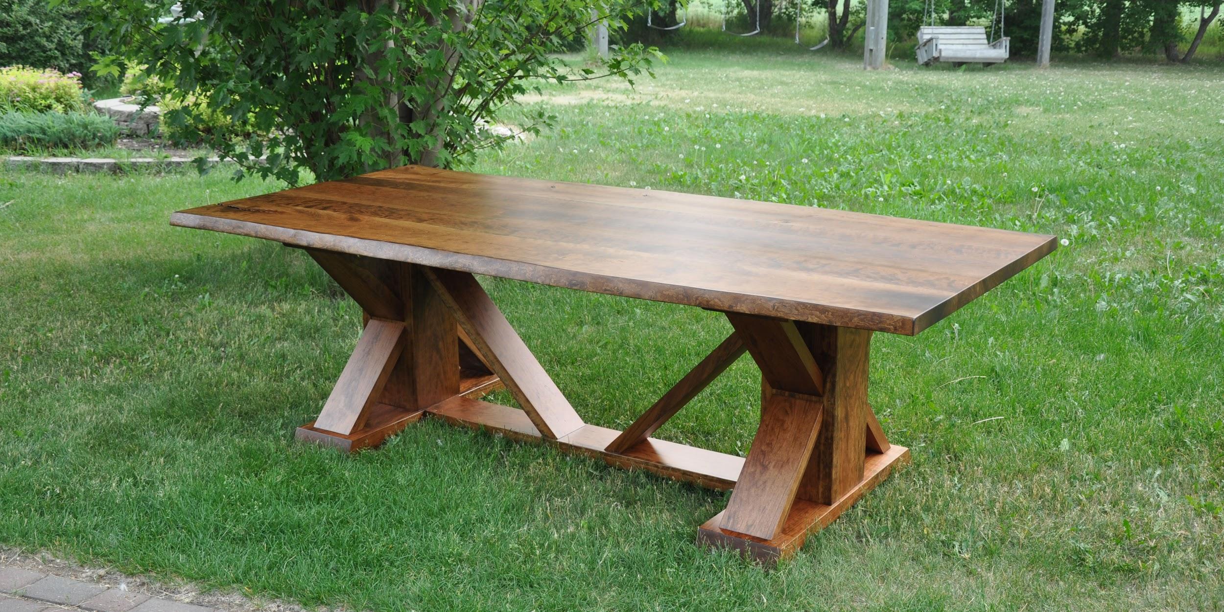 The Prairie Homestead Table