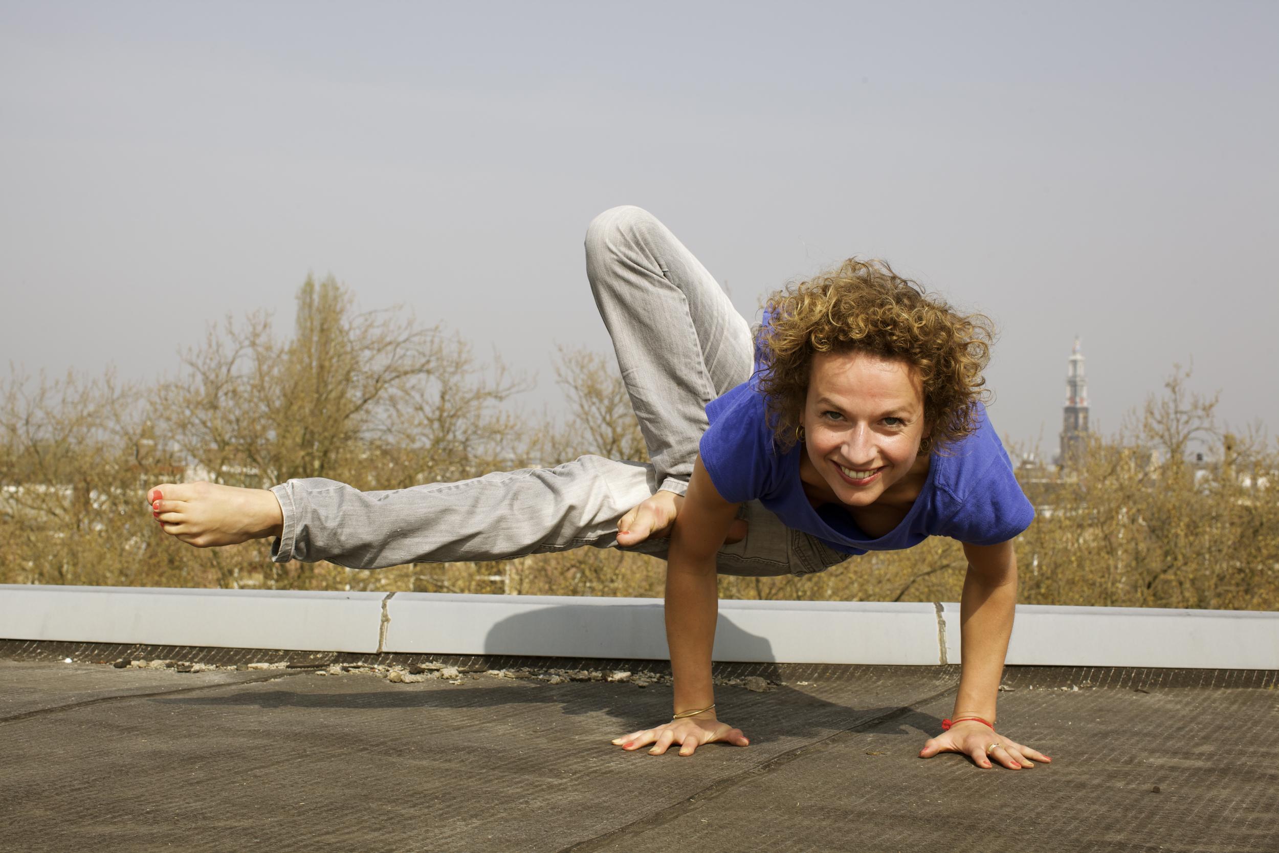 Parvritta Urdhva Yoga Dandasana.jpg