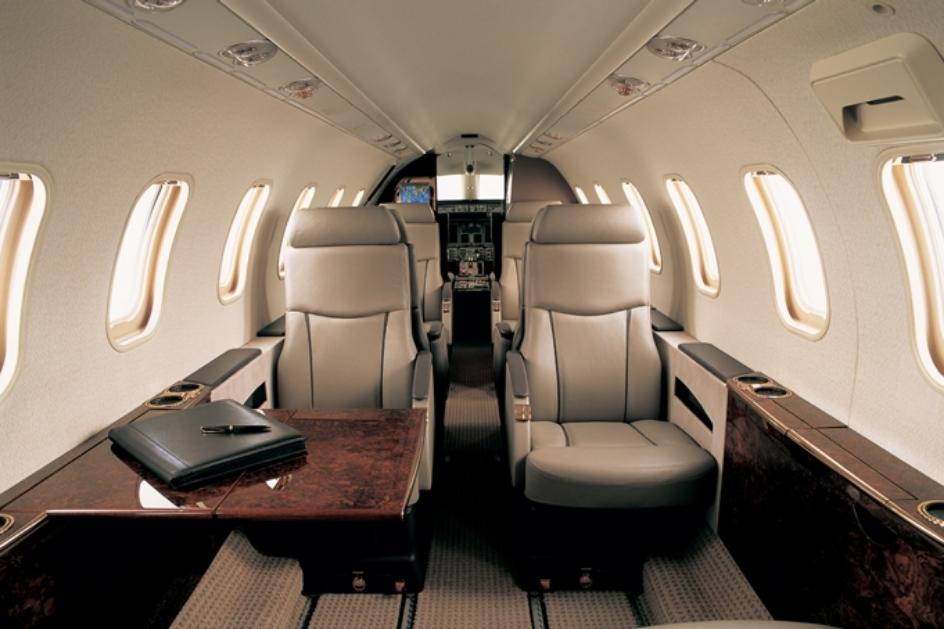 Lear 45XR Interior.jpg