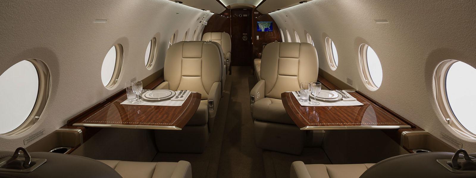 Gulfstream G200 1.jpg