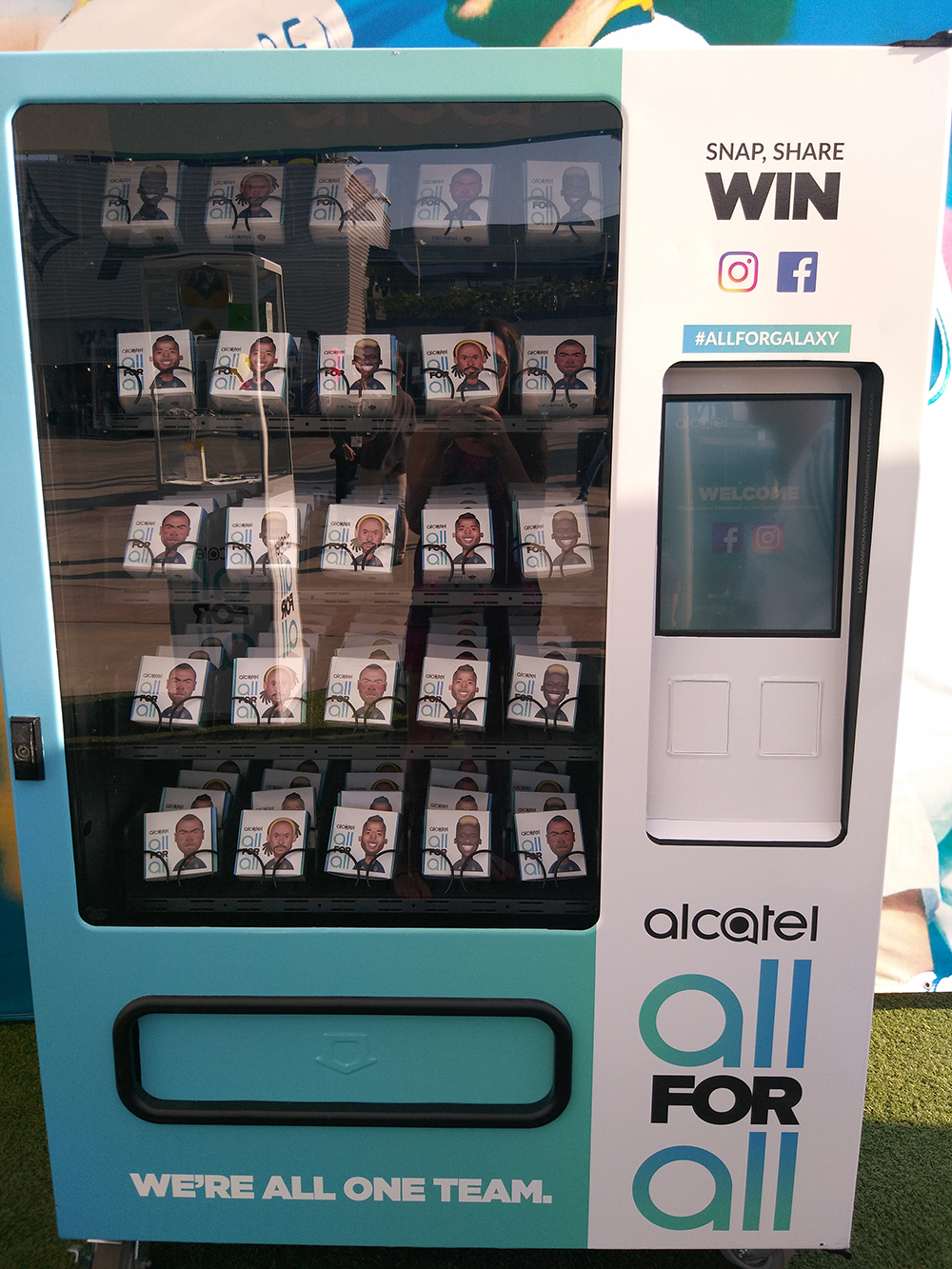 Alcatel_Pulse_LA_Galaxy_Sponsor_Booth_Pic3_ON_DECK_CS.jpg