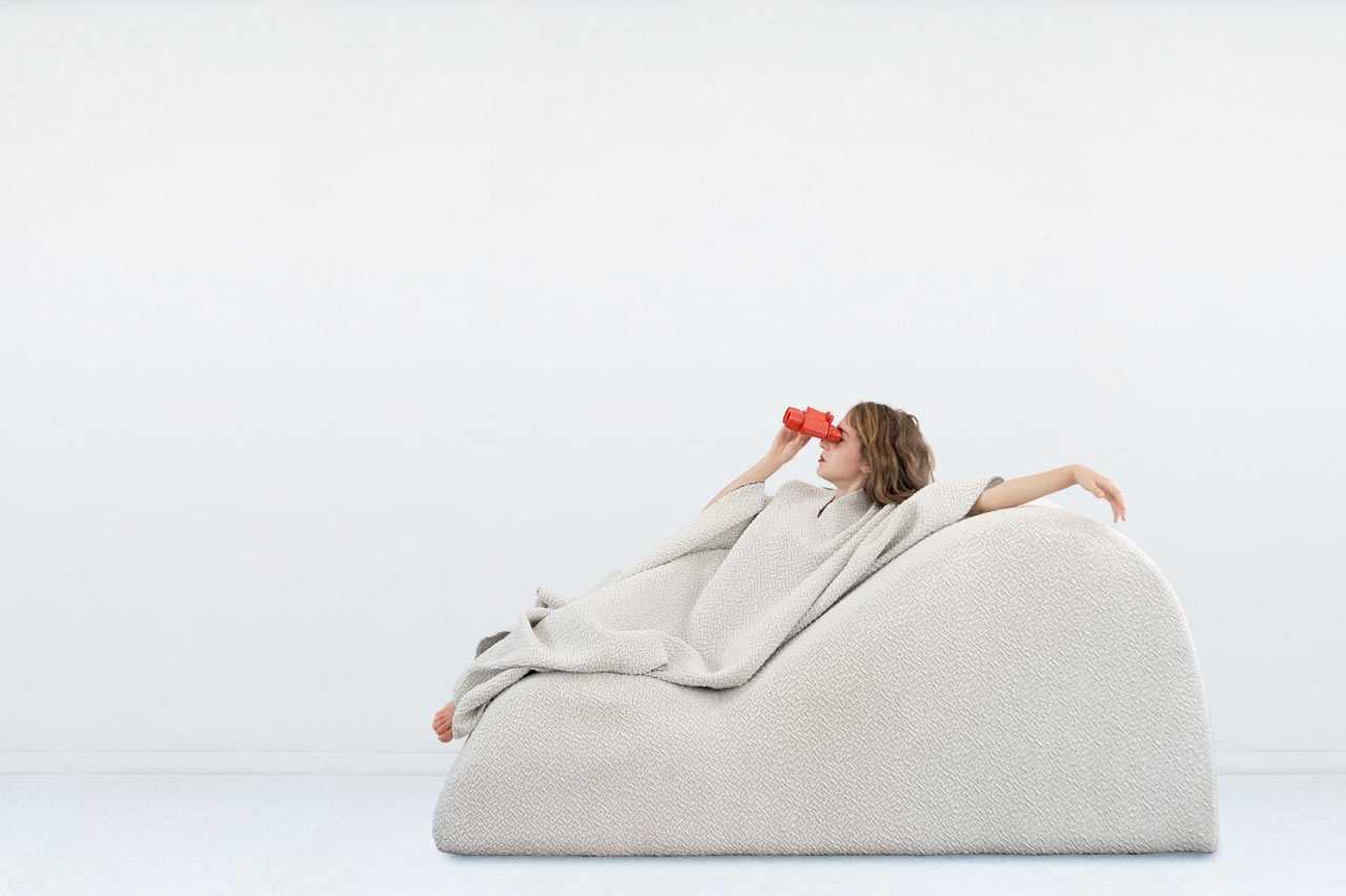 Ergonomic-Lounge-Chair.jpg