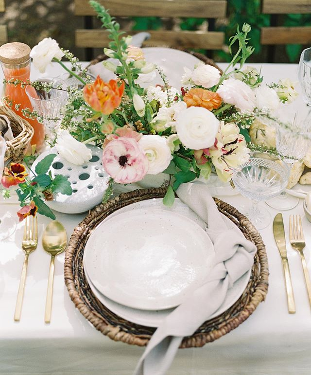 missing this brunch with the best. captured by the talented @sajephotog  styling: @cachaej / @theposhsocial  table rentals: @theconfettistudio  treats: @voyagerbakeshop  florals: @thewildfloweraz  location: @arcadiareserve
